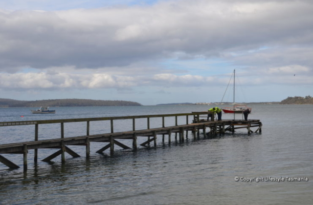 jetty fishing st helens tasmania